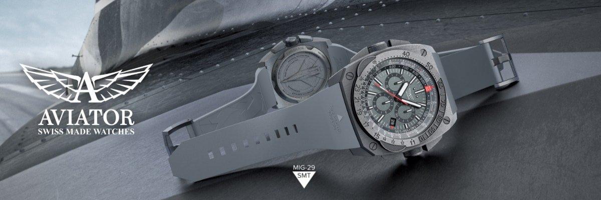Ergonomiczny, męski zegarek Aviator M.2.30.7.221.6 MIG-29 SMT Chrono na pasku z tworzywa sztucznego w szarym kolorze.