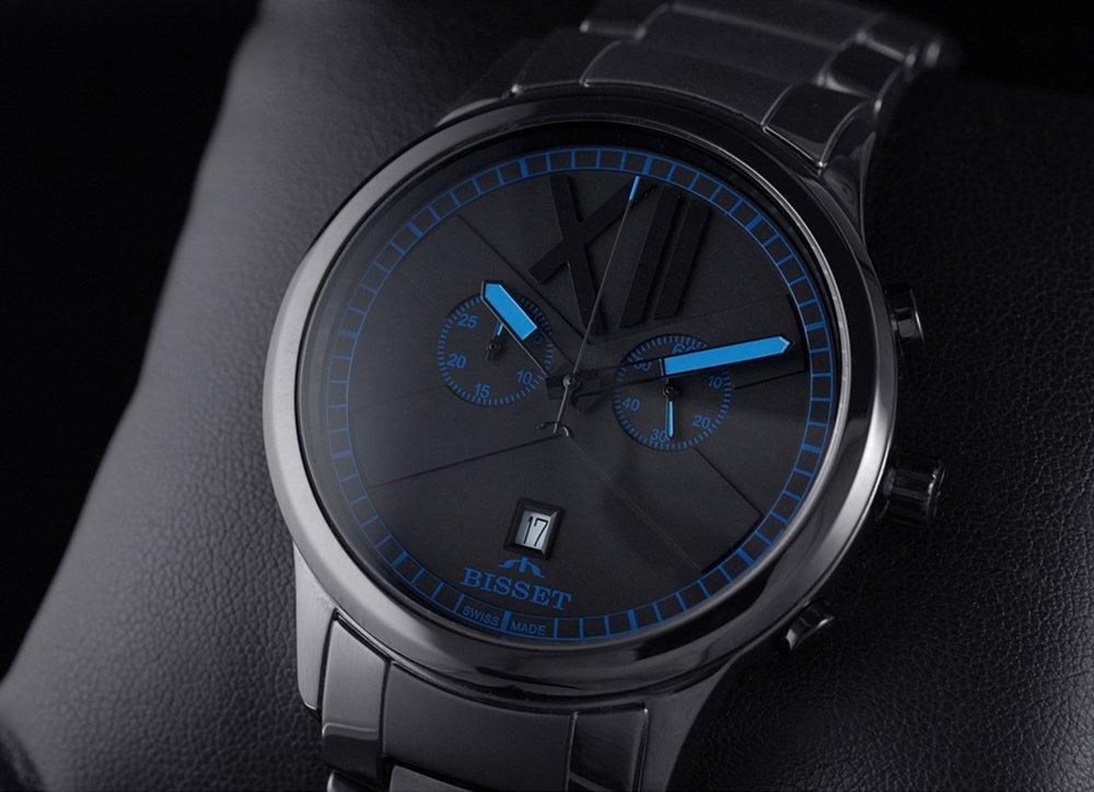 Wielofunkcyjny, męski zegarek Bisset na klasycznej bransolecie oraz szwajcarskim pochodzeniem.