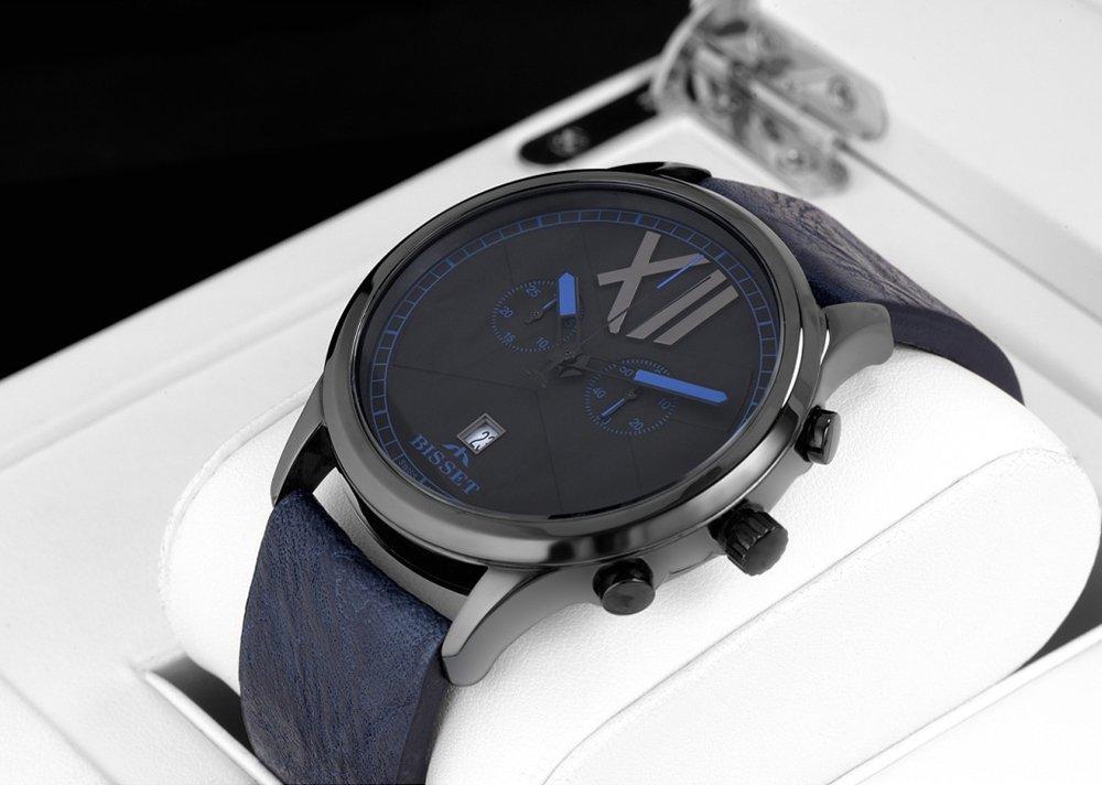 Atrakcyjny, męski zegarek Bisset na skórzanym pasku w niebieskim kolorze oraz ceramiczną kopertą w czarnym kolorze.