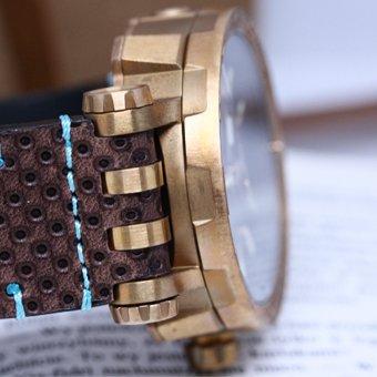 Wytrzymały zegarek Vostok Europe Energia Rocket Bronze z kopertą wykonaną z brązu.
