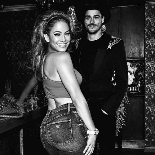Jennifer Lopez nową twarzą ekstrawaganckich oraz modnych zegarków marki Guess.