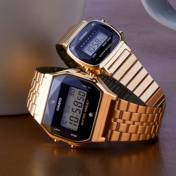 Stylowe zegarki Casio Vintage w złotym kolorze.
