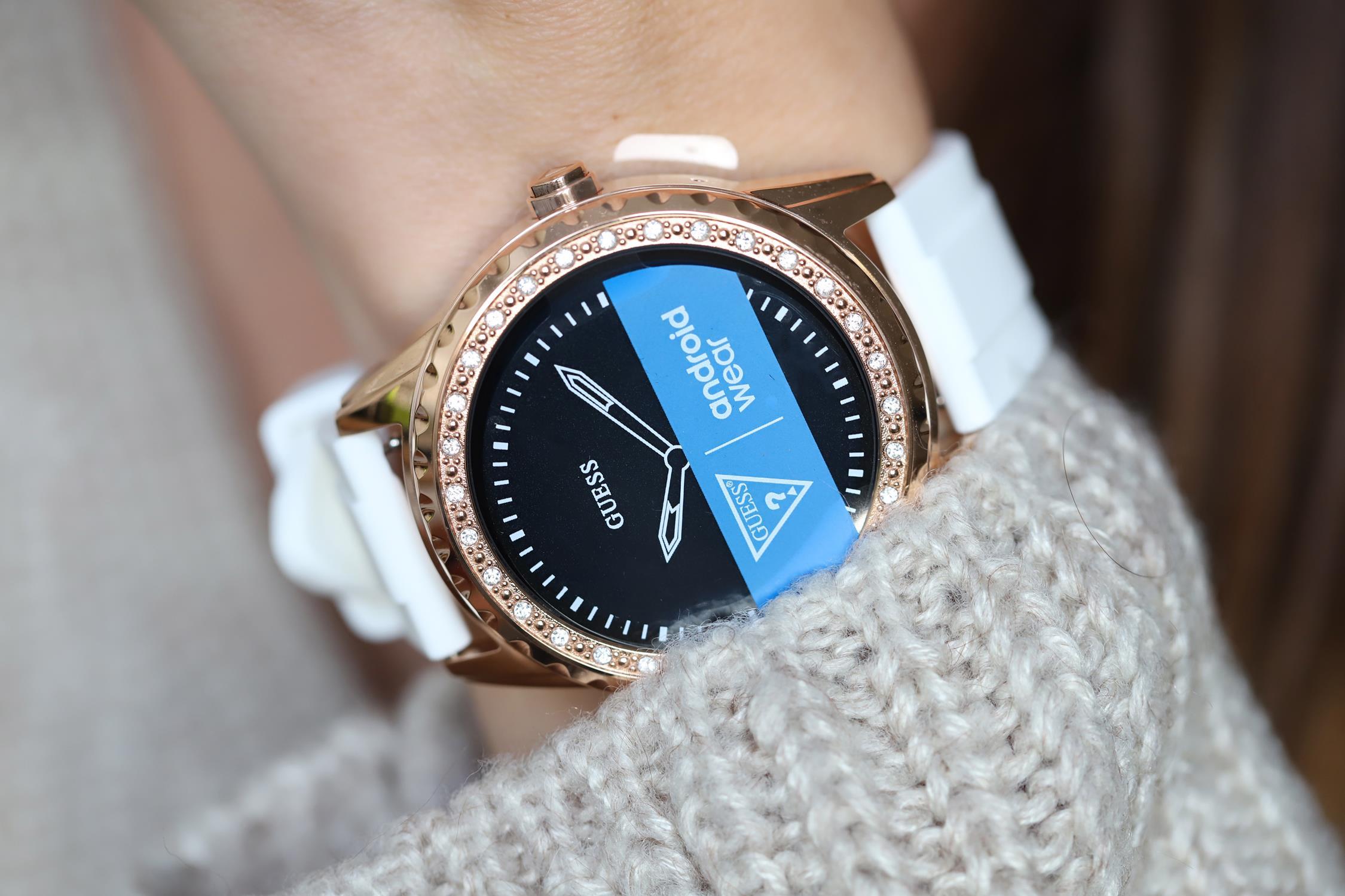 Zegarki Guess i akcesoria   E Watches