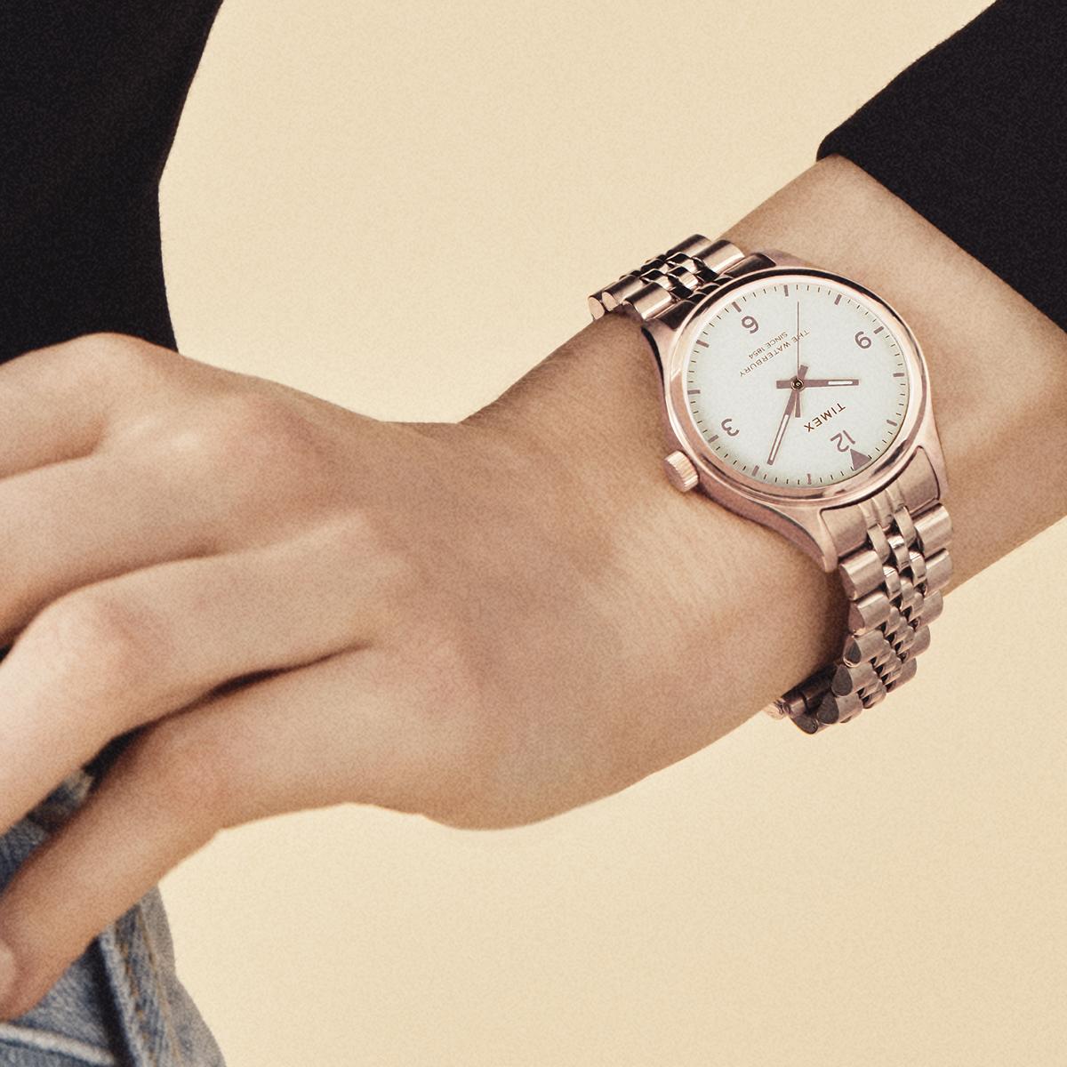 Piękne biżuteria w formie zegarków Timex Waterbury