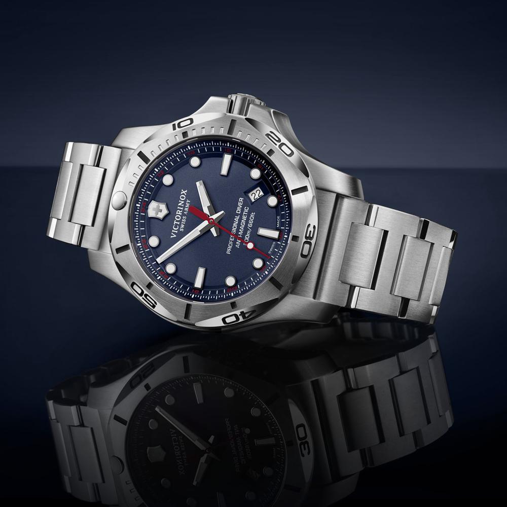 Zegarek Victorinox I.N.O.X - najlepszy prezent dla chłopaka