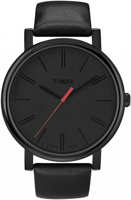 Klasyczny, męski zegarek Timex T2N794 Originals Oversized na skórzanym czarnym pasku z koperta wykonaną ze stali w takim samym kolorze co pasek. Analogowa tarcza jest utrzymana w czarnym kolorze wraz z wskazówkami jak i indeksami. Jedyna wyróżniająca się rzeczą jest wskazówka sekundnika, która jest w czerwonym kolorze.