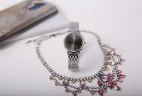 Zegarek damski QQ damskie QA21-252 - duże 3