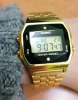 Zegarek Casio Vintage Casio BLACK AND GOLD WITH DIAMOND LIMITED - damski autor: Weronika K.  data: 23 grudnia 2020